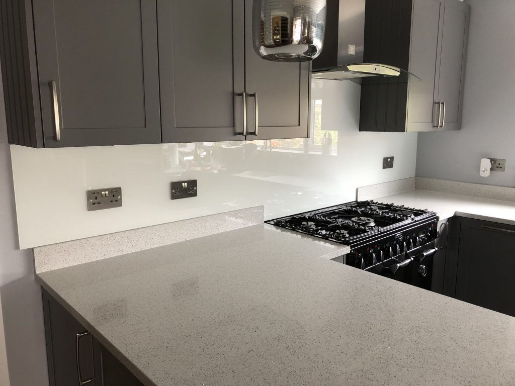 kitchen splashback grey